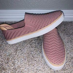 UGG Sammy Sneaker NWOT